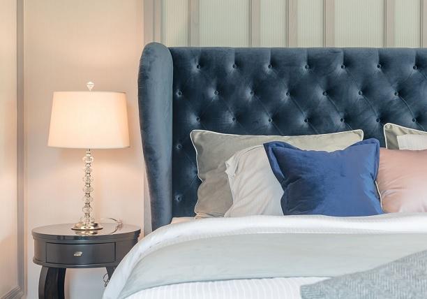 Reading bed headboards